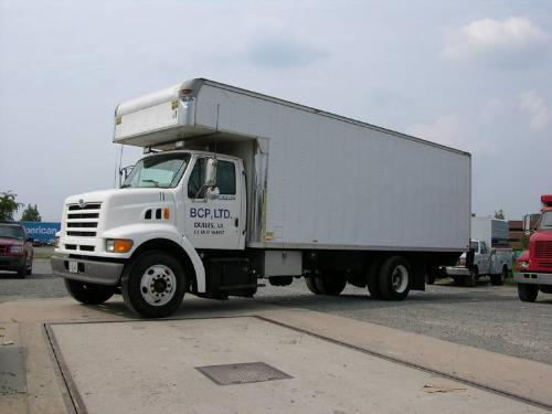 1997 ford louisville 26 foot straight truck
