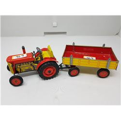 VINTAGE TIN TRACTOR & TRAILER 1:16