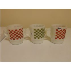 "3 ANCHOR HOCKING ""C"" HANDLE CHECKERBOARD PATTERN MUGS SCARCE"
