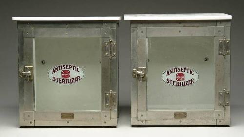 Merveilleux Image 1 : PAIR OF NOONAN BARBER STERILIZER CABINETS