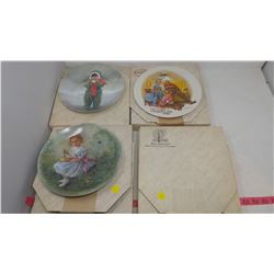 FOUR COLLECTOR PLATES - KISS FOR MOTHER UNOPENED