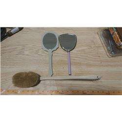 VINTAGE HAND MIRRORS AND BRUSH