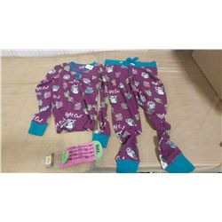 SIZE SMALL THERMAL PJ SET AND PAIR OF SOCKS