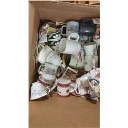 BOX OF ASSORTED ITEMS - MUGS, BASKETS, ETC.