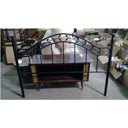 DOUBLE BLACK METAL HEADBOARD - 59""
