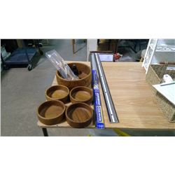 LOT OF SALAD BOWLS AND DOOR SWEEPS