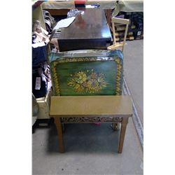 LOT OF FIVE TV TRAYS, PLASTIC WALL BENCH AND OLD MAN ASSIST