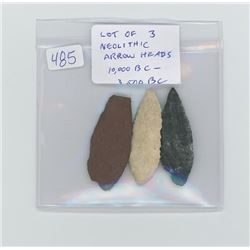 Lot of 3 Neolithic arrow heads. 10,000 BC-3,500 BC.