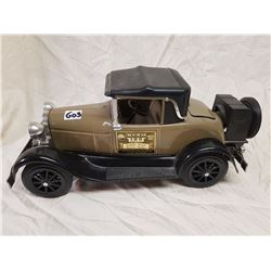 LARGE 1928 FORD COUPE JAMES BEAM WHISKEY BOTTLE