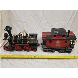 1872 LOCOMOTIVE (MISSING TOP) AND NEW JERSEY CABOOSE