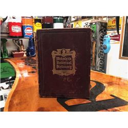 NO RESERVE RARE VINTAGE WEBSTERS UNIVERSAL DICTIONARY