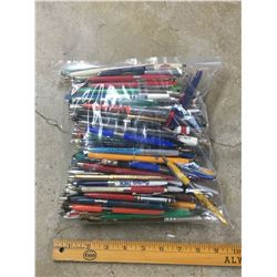 LOT OF VINTAGE ADVERTISING PENS MOSTLY SASK.