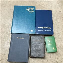 PRAYER AND HYMN BOOKS ONE IS GERMAN