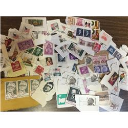 LOT OF USED USA POSTAGE STAMPS