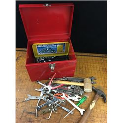 METAL TOOL BOX OF MISC HAND TOOLS