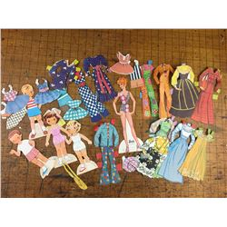 VINTAGE PAPER DOLLS AND CLOTHES BARBIE