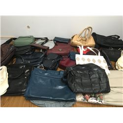 LARGE LOT OF VINTAGE PURSES POCKET BOOKS ETC. TOTE INCLUDED