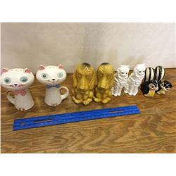LOT OF VINTAGE ANIMAL SALT AND PEPPER SHAKERS