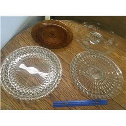 LOT OF GLASS SERVING PLATES