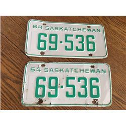 PAIR OF 1964 SASK LICENCE PLATES