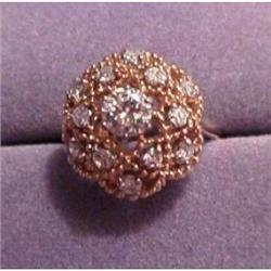 Rings: 18kt gold ring with 12 diamonds total #865944