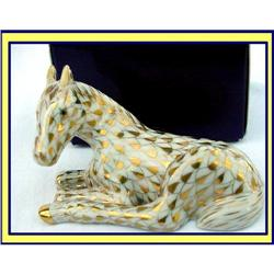 HEREND HUNGARY GILT FISHNET FOAL MEMBERS ONLY #866191