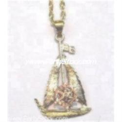 14K GOLD SAILBOAT NECKLACE 18 SAILING SAIL BOAT