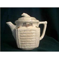 Porcelier Log Cabin Teapot #860516