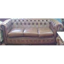 LEATHER  CHESTERFIELD LOVESEAT SOFA  #867182