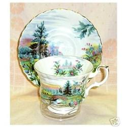 """Royal Albert """"DoveDale"""" Cup & Saucer #863223"""