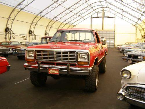 on 1985 Dodge Power Wagon