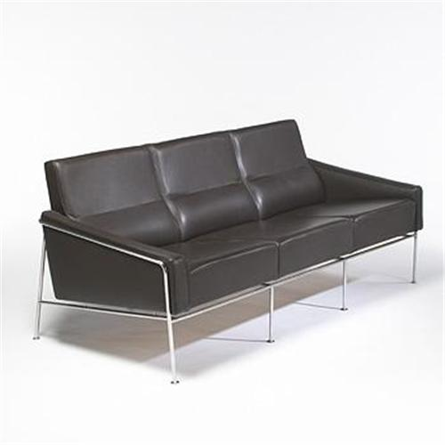 arne jacobsen 3300 series sofa. Black Bedroom Furniture Sets. Home Design Ideas