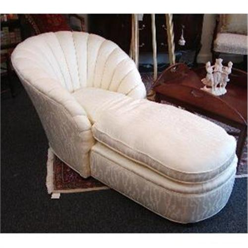 Art deco upholstered chaise lounge 1194283 for Art deco style chaise lounge
