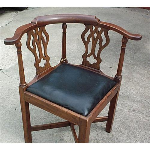 - Antique Corner Chair Roundabout Chair #1210182