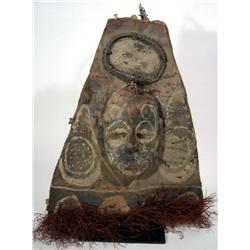 A MIDDLE SEPIK CANOE SHIELD