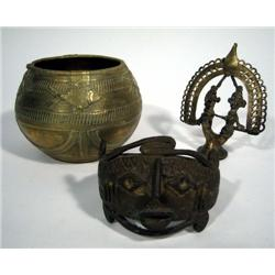 A COLLECTION OF THREE NIGERIAN BRONZE ARTEFACTS