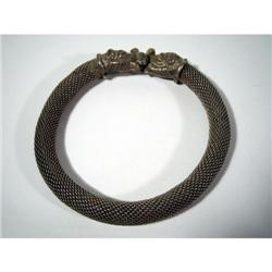 A FINE INDIAN SILVER ALLOY BRACELET,