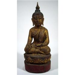 A FINE THAI GILDED SCULPTURE OF BUDDHA,