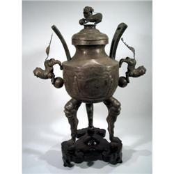 A FINE CHING DYNASTY SILVER PLATED URN,
