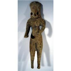 A FINE INDUS VALLEY CERAMIC SCULPTURE (Mehrgarh),
