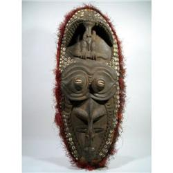 A MIDDLE SEPIK MASK,