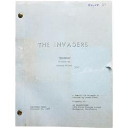 Roy Thinnes  The Invaders  Pilot Script w/Notes