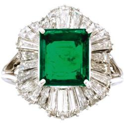 emerald platinum ballerina ring