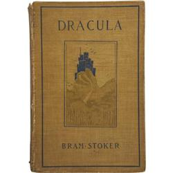 Bram Stoker: Dracula, First Edition.