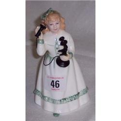 5½  ROYAL DOULTON FIGURINE  HELLO DADDY  HN 3