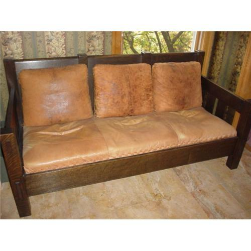 - ANTIQUE STICKLEY MISSION SETTEE SOFA #2085341