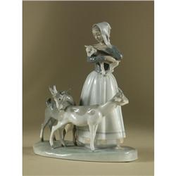 LLADRO PORCELAIN FIGURAL ''SHEPHERDESS WITH GOATS''
