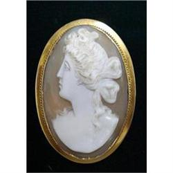 MUSEUM QUALITY GOLD CAMEO BROOCH #2389690