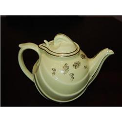 HALL PARADE STYLE TEAPOT #2375532