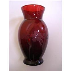 PRETTY RUBY RED VASE ETCHED FLORAL DESIGN #2375668